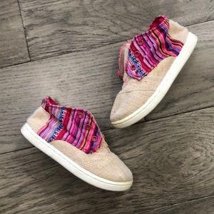 Girls Toms Cardones sneakers, size 8
